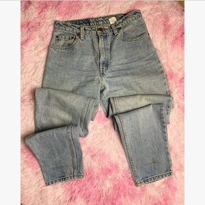VTG Levi 550 Relaxed Fit Tapered Leg Mom Jeans